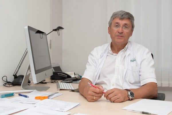 El Dr. Francisco Carmona y el equipo de la Unidad de Endometriosis del Hospital Clínic de Barcelona, nuevos asesores de contenidos de la Web de la AEE. Gran fichaje